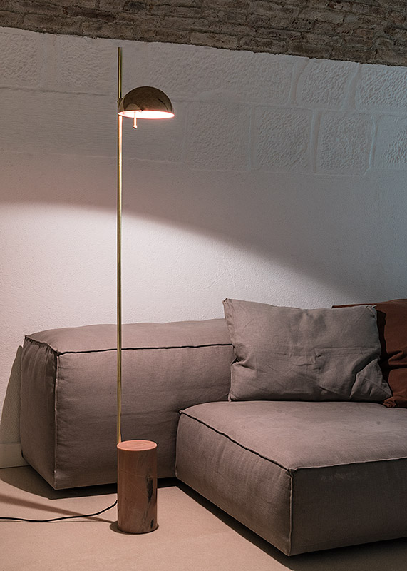 Standing Straight Lamp | Pink marble & brass