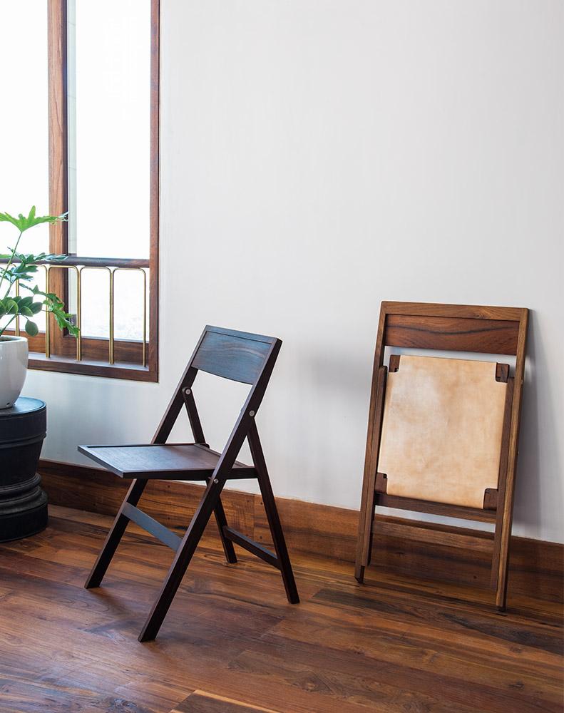 Folding Flat Chairs